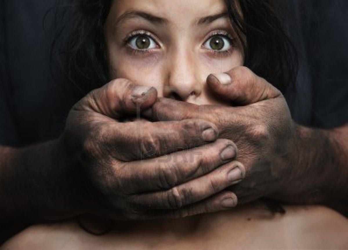 Смотреть порно девочки насилуют девочку 25 фотография